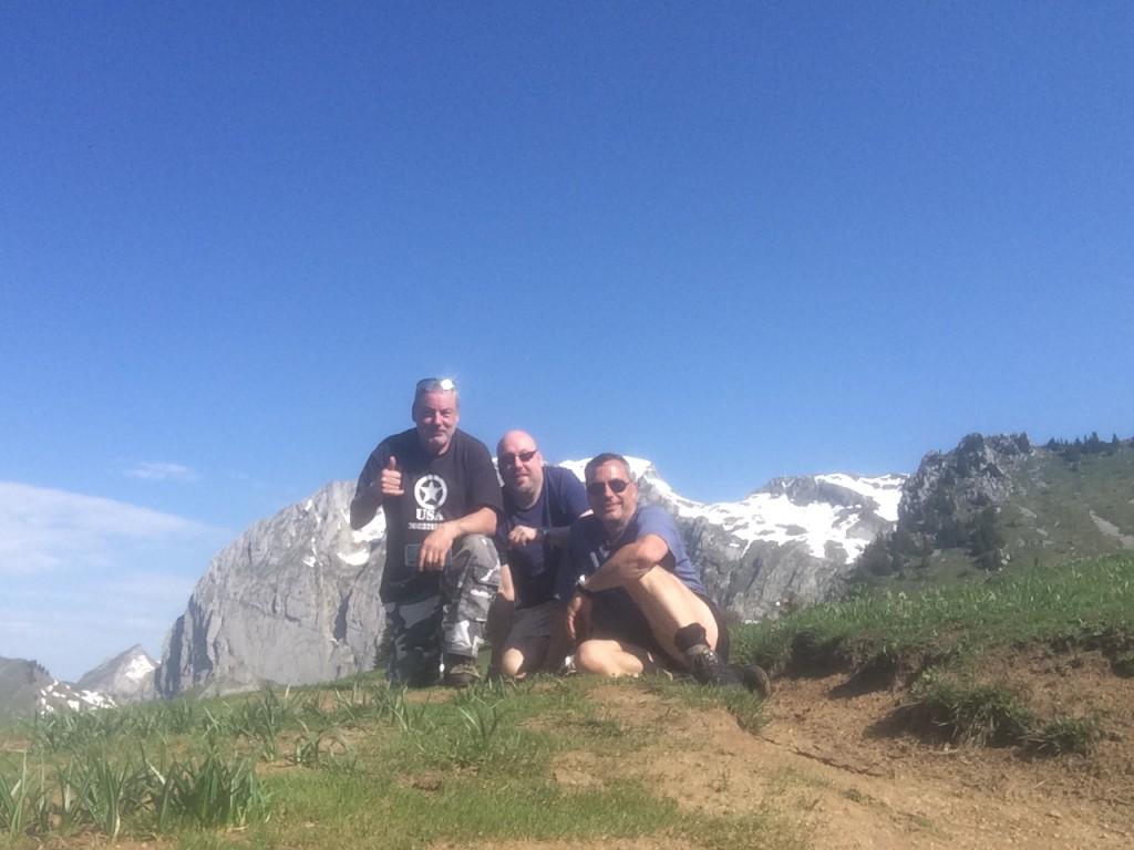 Rando départ Sevan devant, arrivée col de Vernaz par le lac d'Arvouin et le col du Serpentin. Dénivelé 250 m, distance 10 km. Observation : un chamois, un couple d'aigles royaux, un coucou, un cyrcaète Jean-le-Blanc.