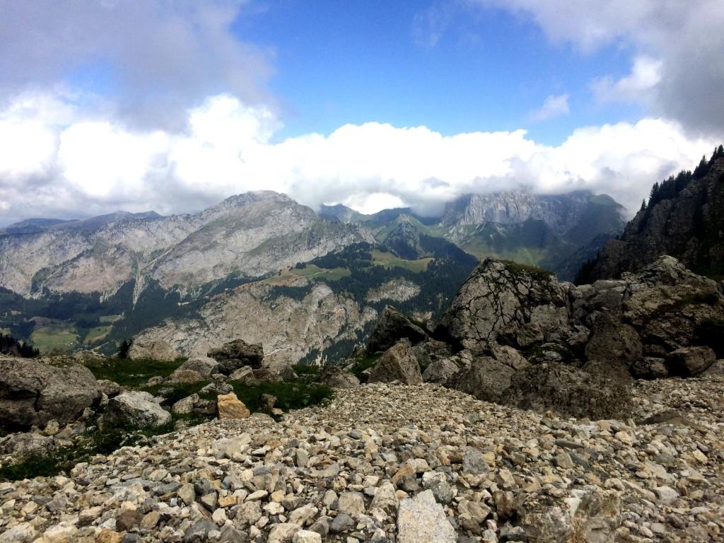 Au pied du Mont de Granges