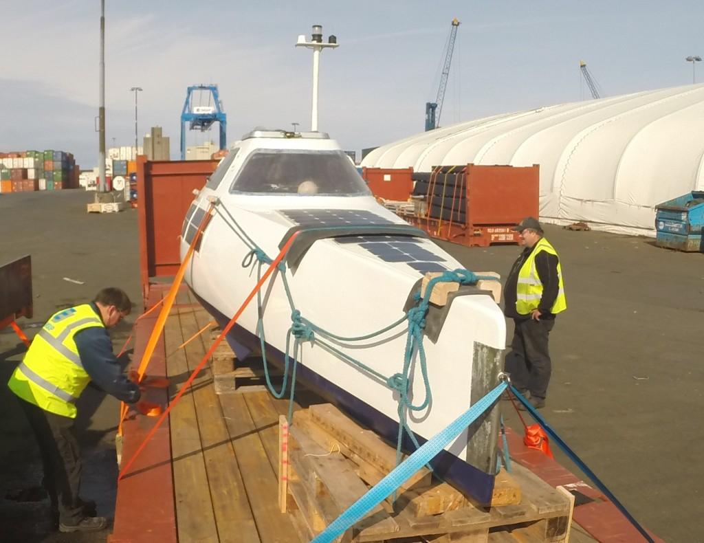 My Way installé sur une plate-forme pour son voyage au Groenland 04/09/15