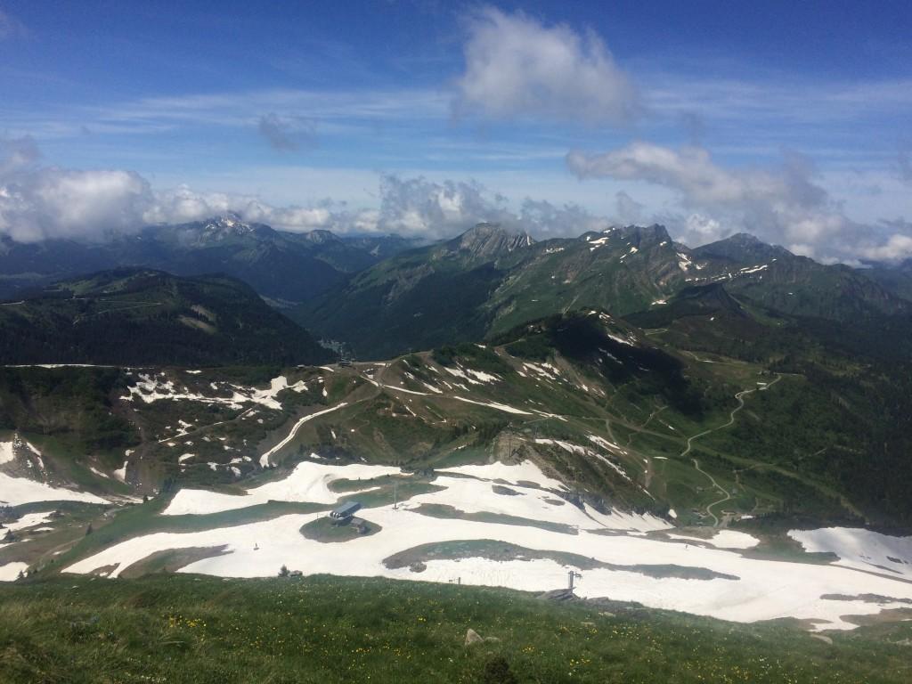 Châtel : départ de Pré la Joux (1279 m) arrivée Pointe sud de Cornebois (2204 m).