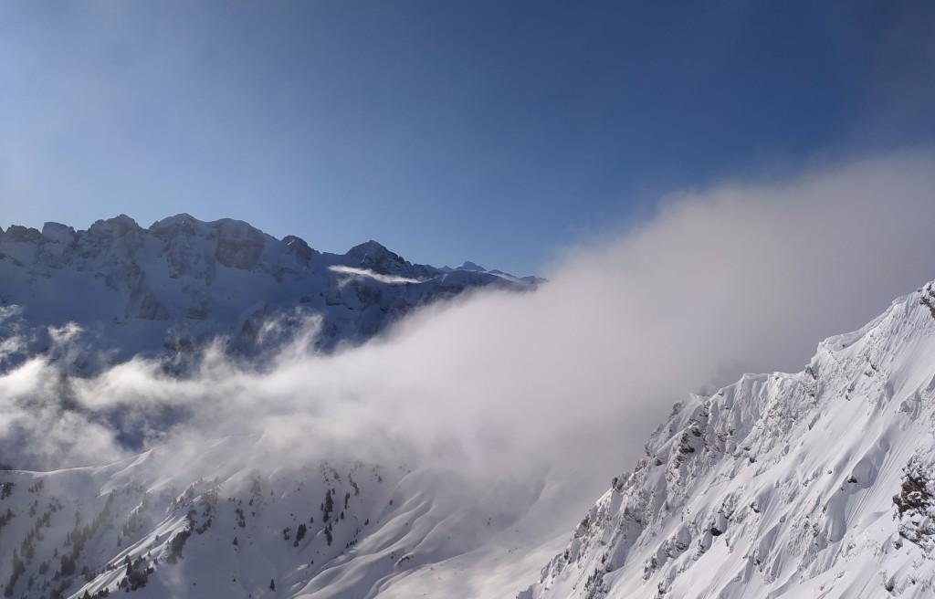 Du haut du télésiège le Fornet 2221 m.